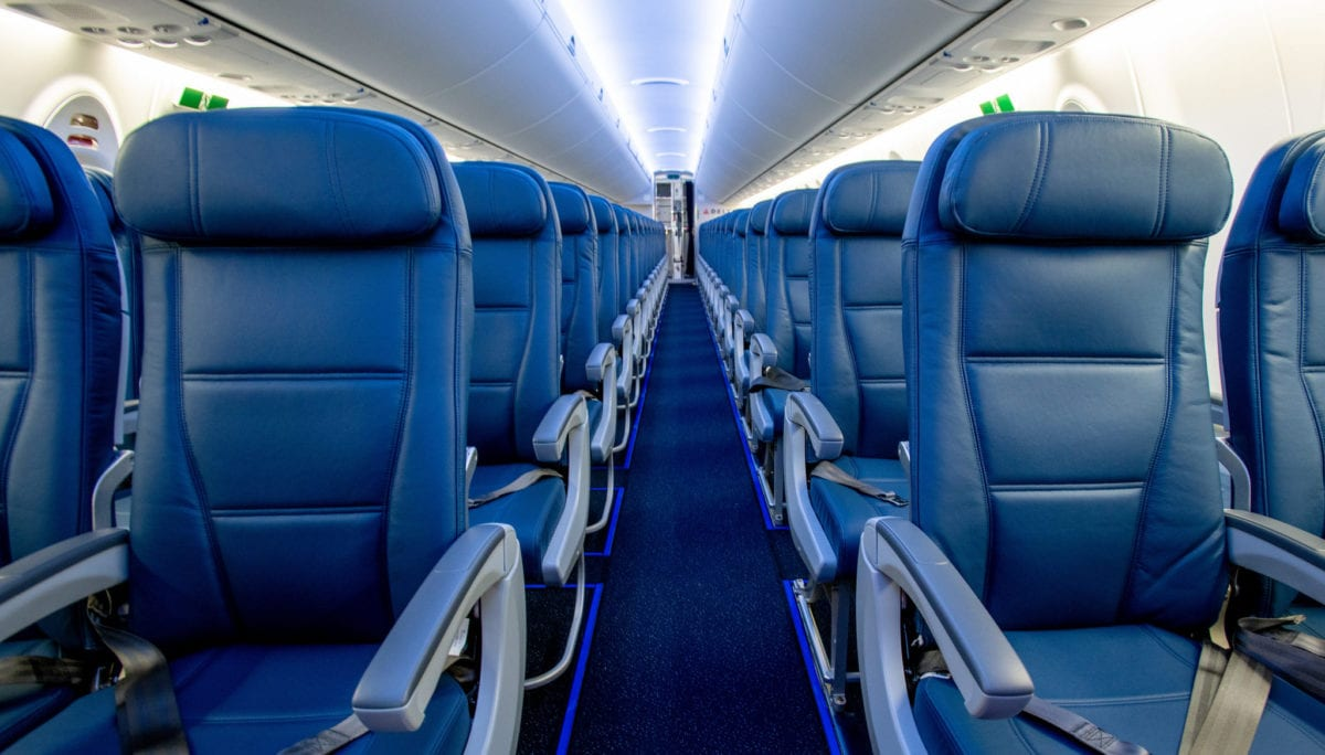 Delta middle seat