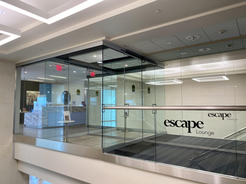 escape lounge MSP entrance