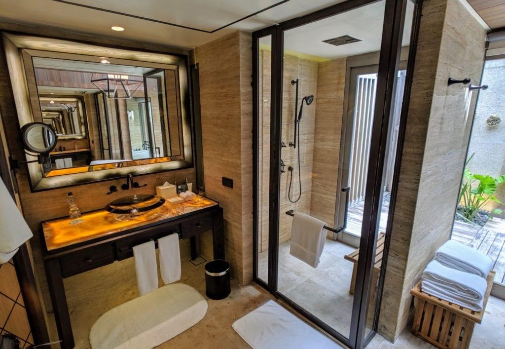 St. Regis Maldives Bathroom