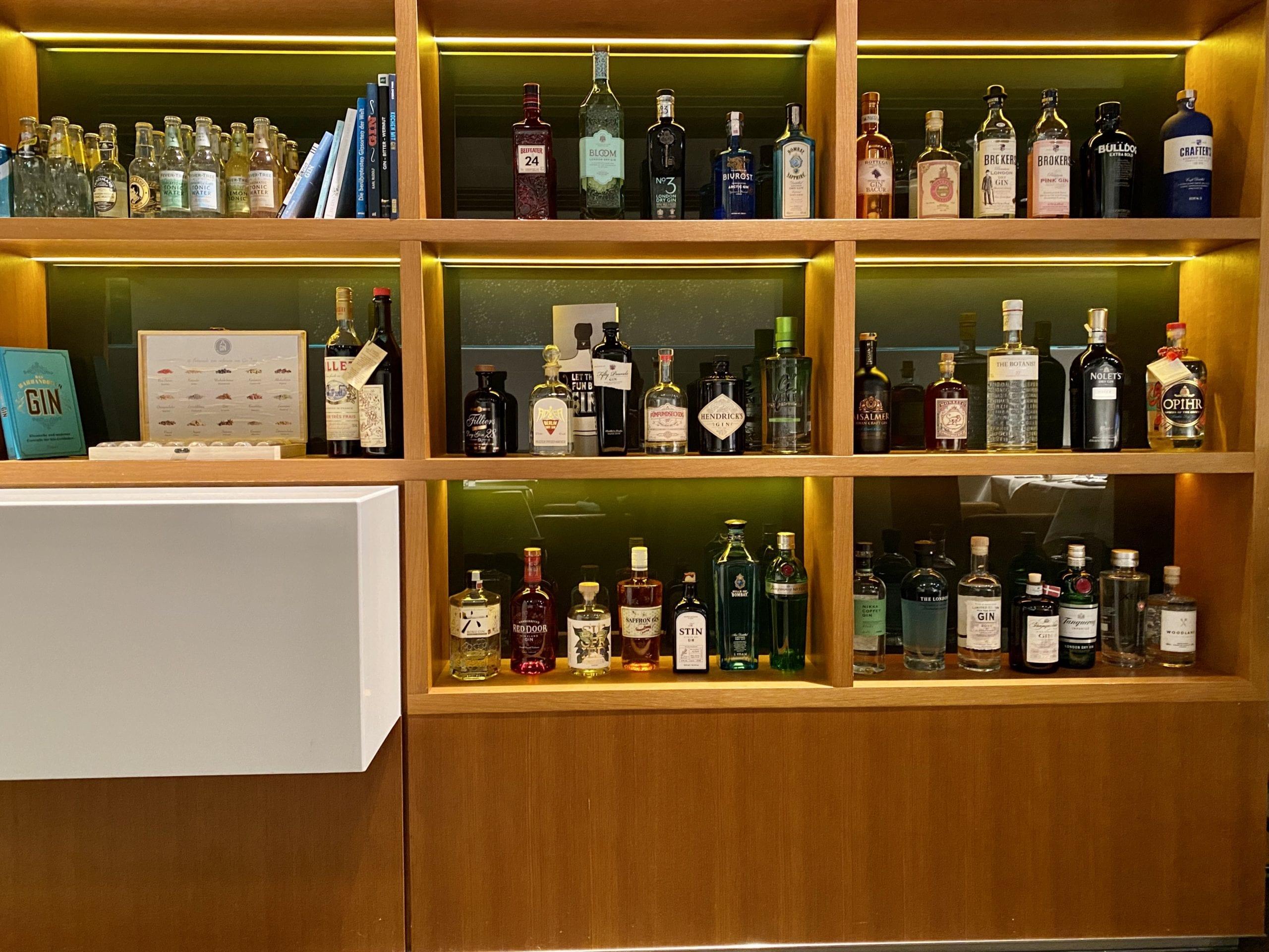 lufthasna first class terminal gin bar