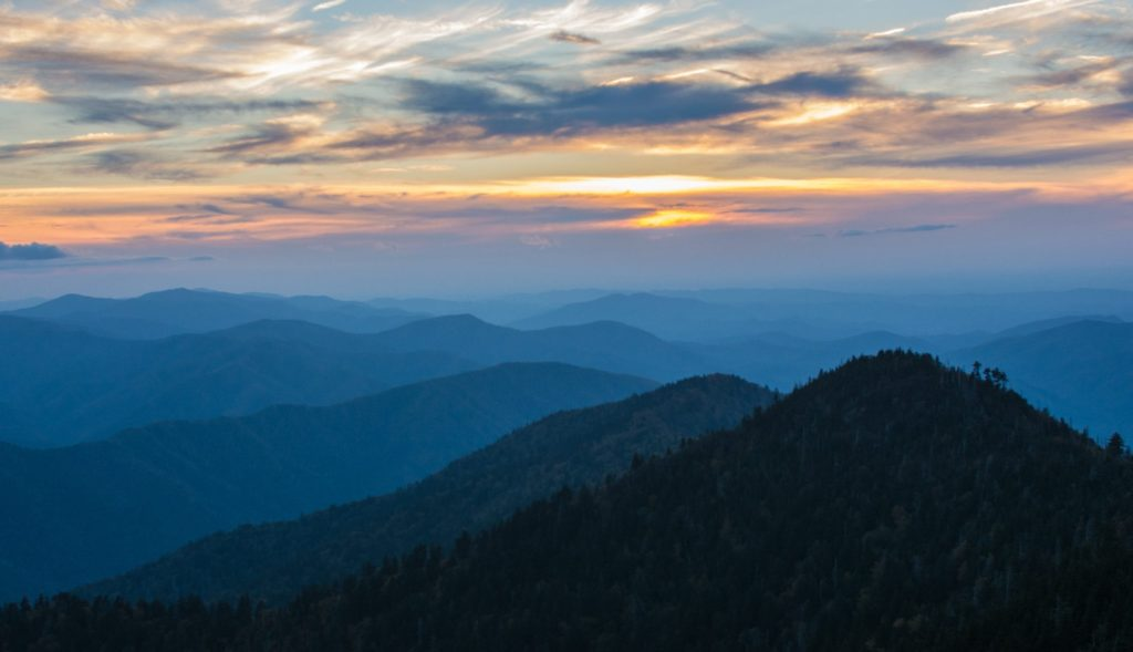 Smokey Mountains domestic travel restrictions