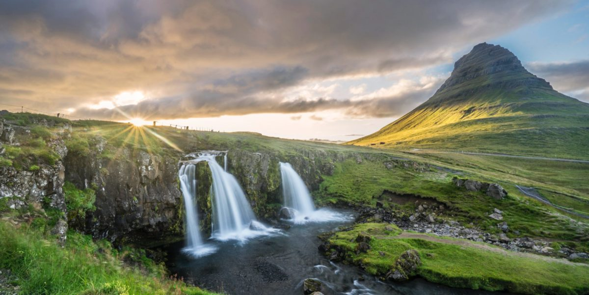 How To Find Cheap Flights To Iceland (Now That It's Open Again!)