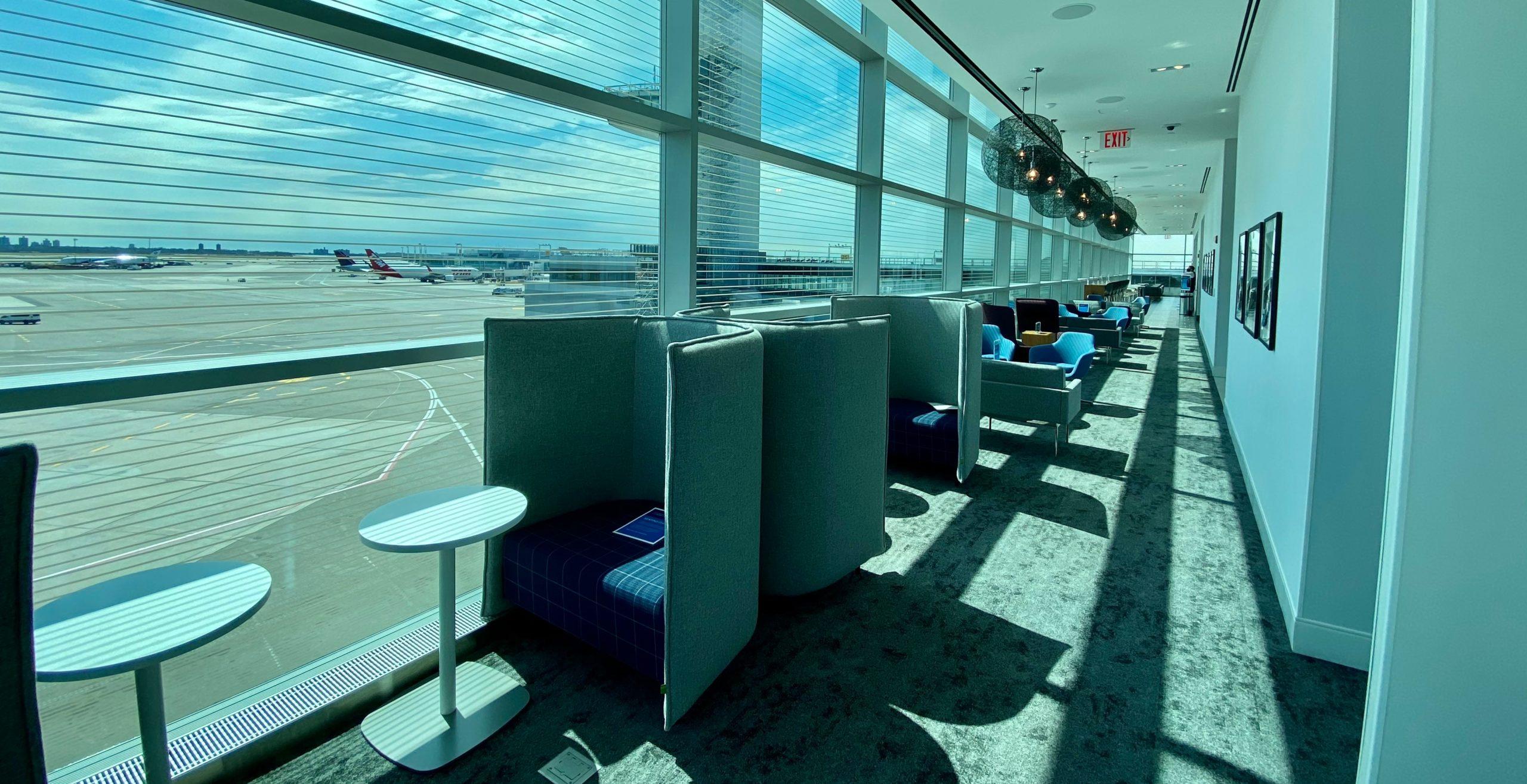 JFK Centurion Lounge 1 scaled