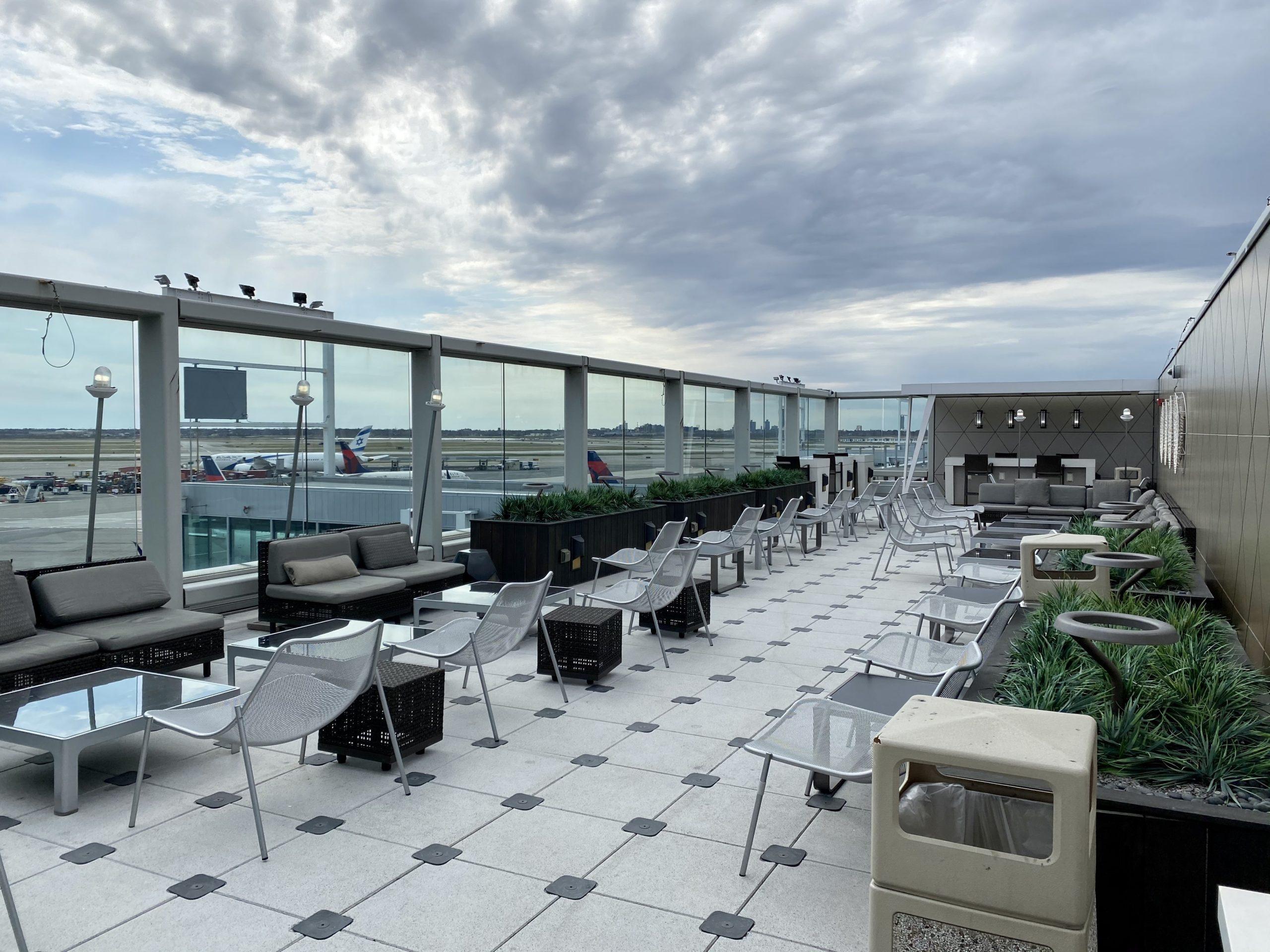 JFK sky club deck