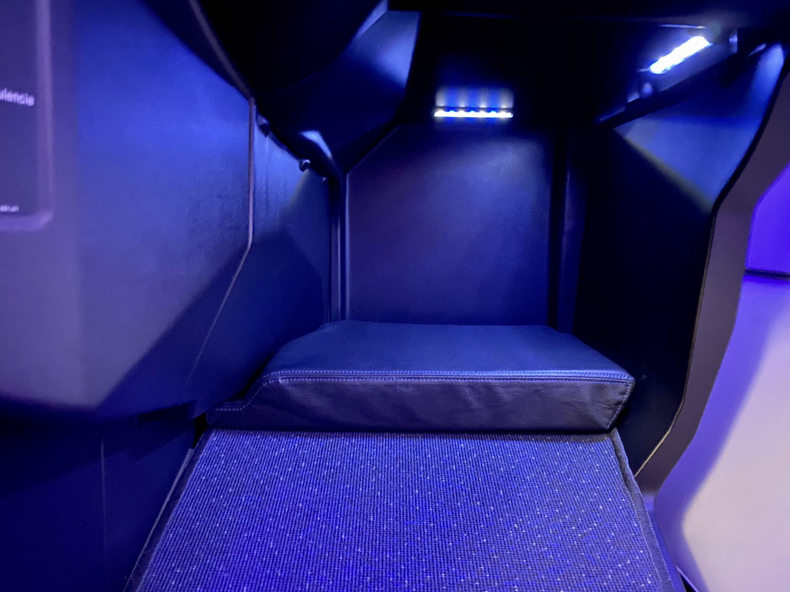 jetblue mint seat