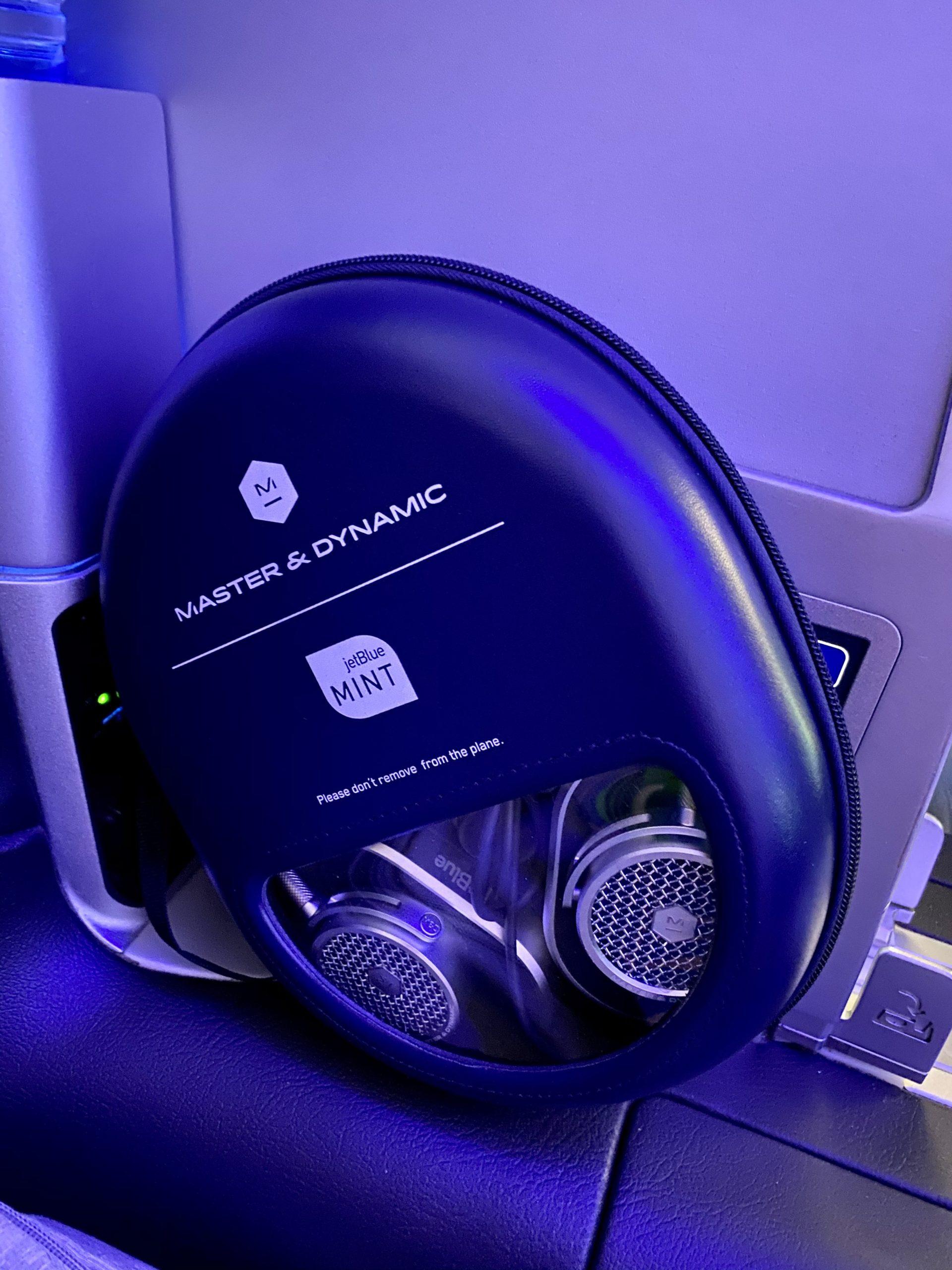 jetblue mint headphones