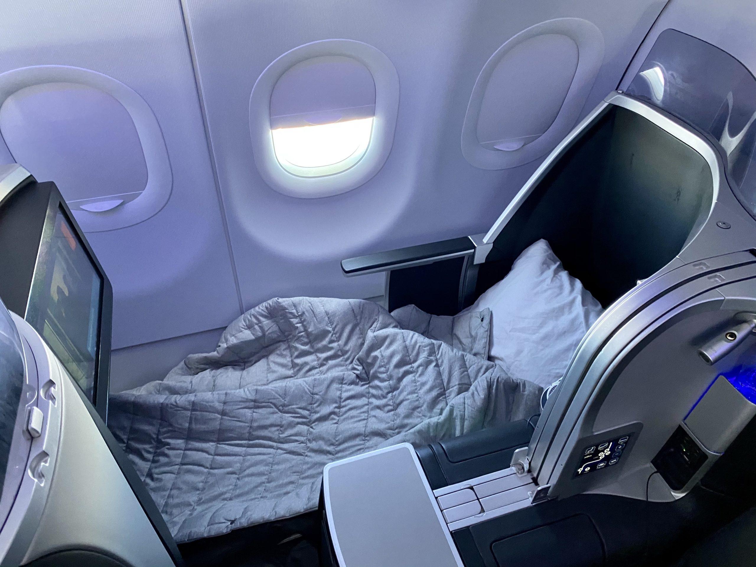 jetblue mint bed