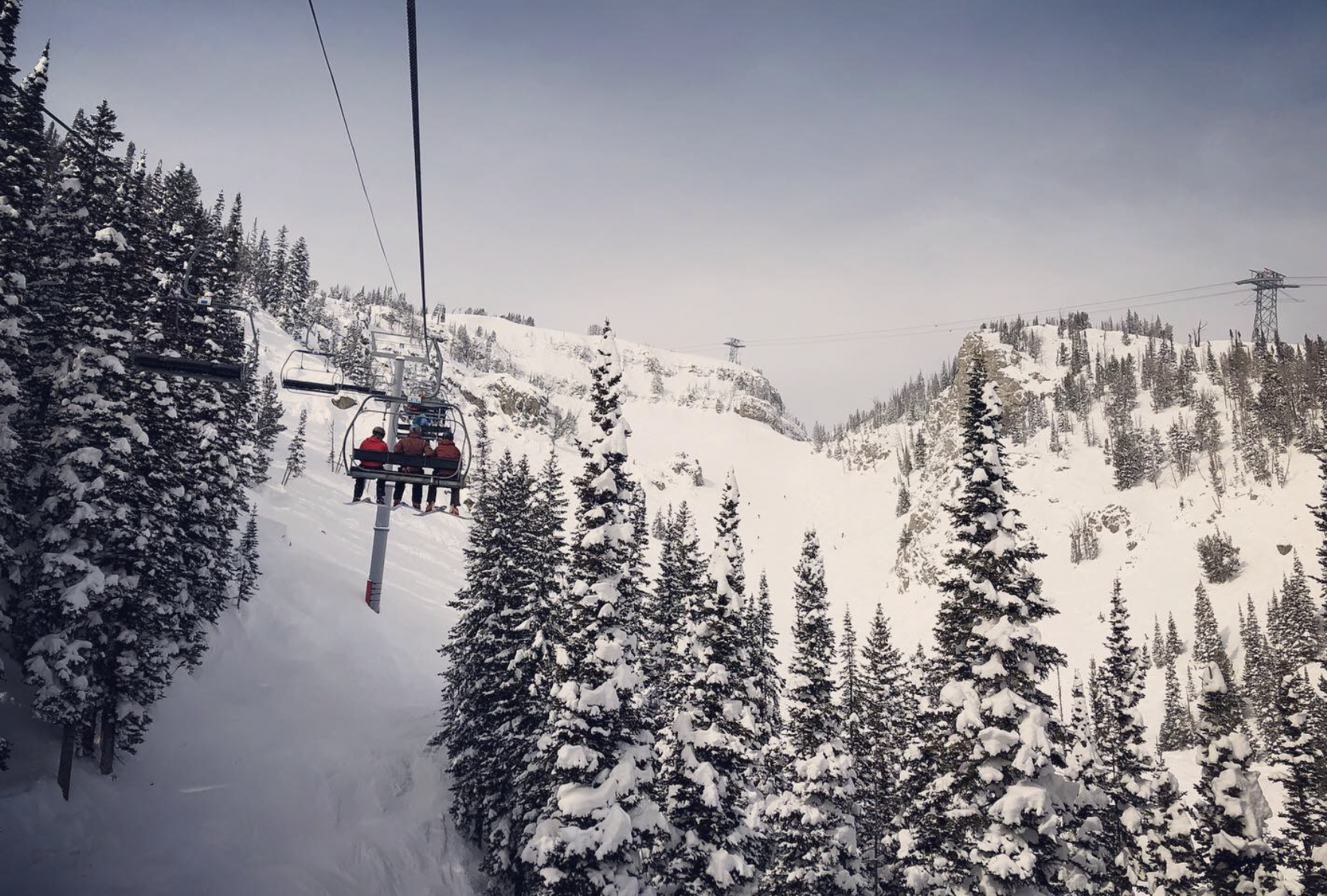 Ikon vs Epic Pass: What's the Best Ski Pass for 2021-22?
