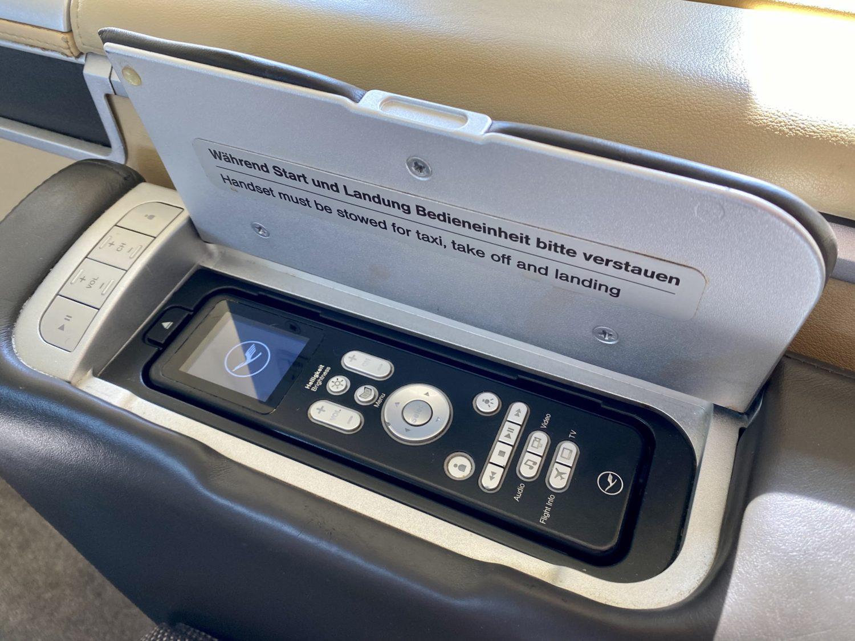 lufthansa first class entertainment control