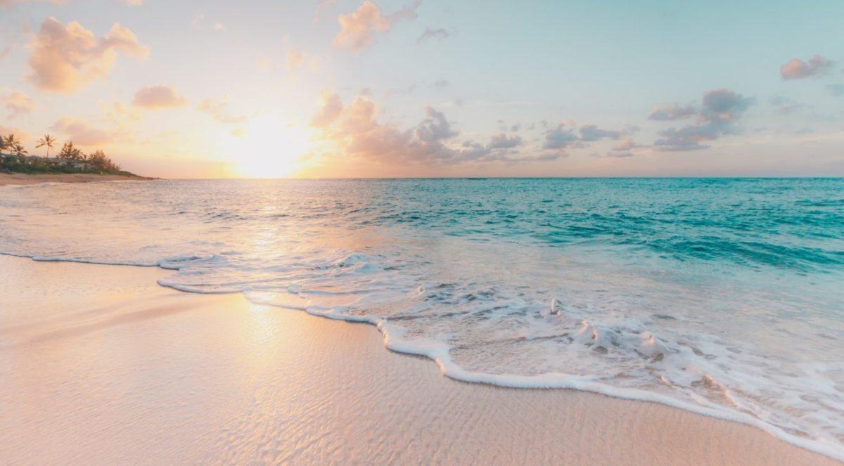 No Passport? No Problem: Cheap Flights to US Beaches & Islands This Winter